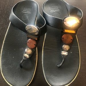 Fitflop Women's Black and Tan Jeweled Sandals